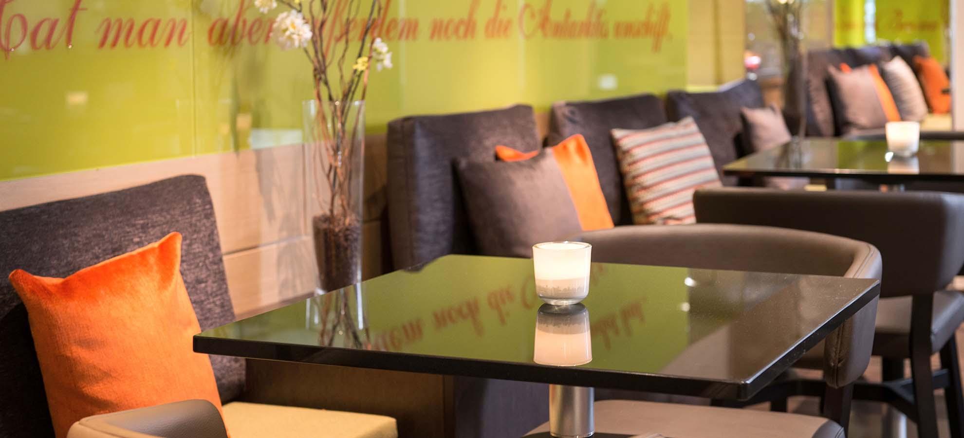 Hotel Lyskirchen Lobby Sitzecke / Lobby Sitting area